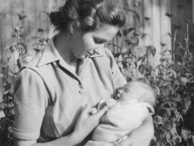 Hanna Jankowska z synem Michałem, 1947