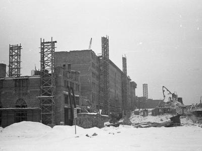 Budowa MDM zimą 1951