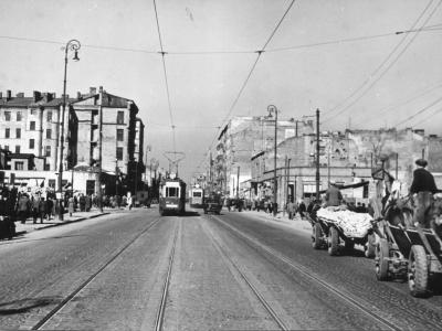 Marszałkowska, widok od pl. Zbawiciela w kierunku Al. Jerozolimskich, 1950